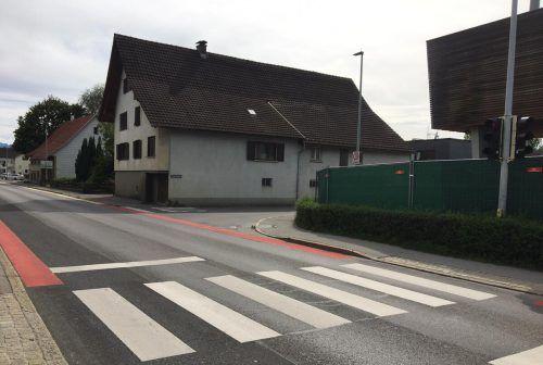 Die Einfahrtsituation von der Bütze- in die Montfortstraße wird optimiert.hapf/2