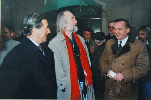 Ein Höhepunkt während der Amtszeit: LR Guntram Lins bei der Eröffnung des Kunsthauses mit Architekt Peter Zumthor (l.). VLK