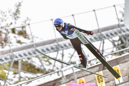 Eva Pinkelnig wurde ÖM-Zweite und -Dritte. Niklas Bachlinger (kleines Bild) ließ als Zehnter u. a. Stefan Kraft hinter sich. GEPA/Privat