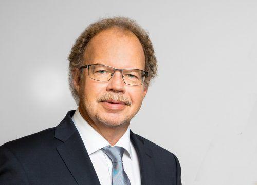 Florian Kasseroler (59) ist der amtierende Bürgermeister in Nenzing.