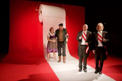 """Für die erste Produktion tut sich das Ensemble Unpop mit dem Theater Wagabunt (im Bild eine Szene aus """"Die Humanisten"""") zusammen. Stark"""