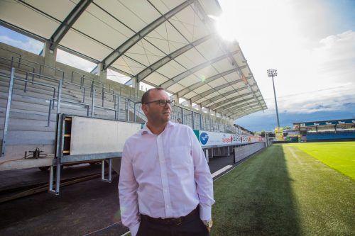 Geschäftsführer Christoph Längle wird trotz großer Bemühungen in der Erstellung des Präventionskonzepts das Altacher Stadion nicht füllen dürfen.steurer