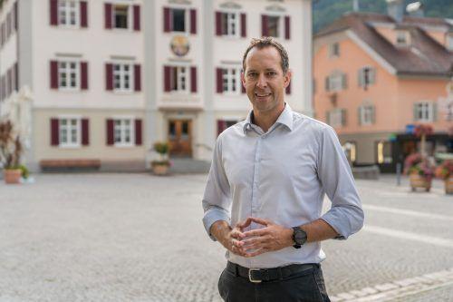 Günter Ratt (42), Team Günter Ratt –Metnand för Schru, parteifreie Bürgerliste.