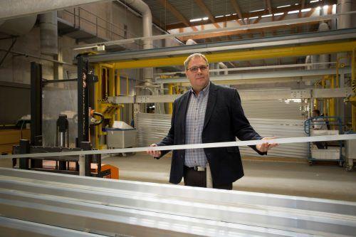 Günther Reis ist der neue CEO des Oberflächenunternehmens.VN/Paulitsch