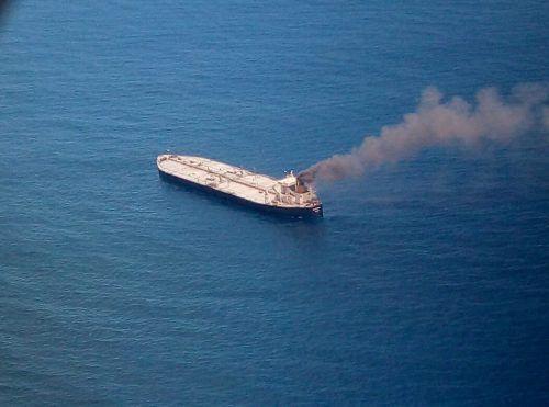Im Maschinenraum des Tankers ist ein Feuer ausgebrochen. Rts