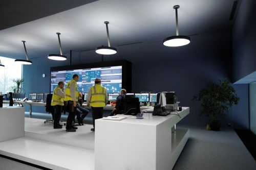 In der Leitwarte laufen alle Daten der thermischen Systeme zusammen und sollen zukünftig intelligent ausgewertet werden.FH