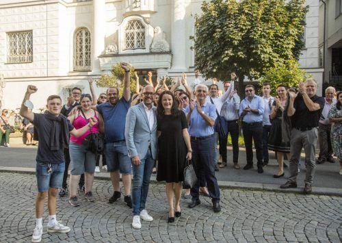 Jubelten über die großen Zugewinne: Langzeit-Bürgermeisterkandidat Michael Ritsch und sein Team.