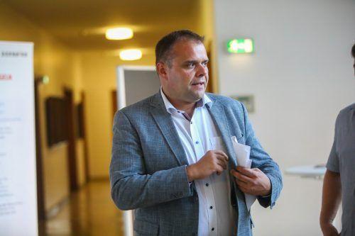 """""""Lachendes und weinendes Auge"""" bei SP-Kandidat Markus Fässler, der bald als einziger Sozialdemokrat im Stadtrat sitzen wird."""