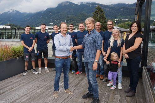 Martin Lechleitner und sein Team gehören ab sofort zum Dorfinstallateur. Sie steuern damit den Bereich Isolier- und Brandschutztechnik bei. dorfinstallateur