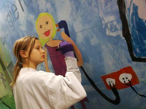 Mit viel Engagement zeigen die Bucher Schüler ihre künstlerische Seite.mst