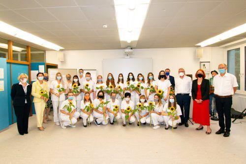 Nur im kleinem Kreis: die Diplomfeier der Pflegeschule Unterland.Pflegeschule