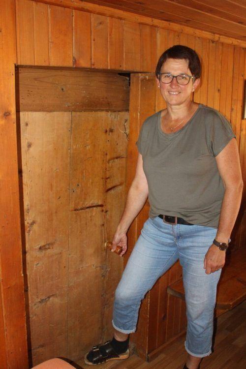 Obwohl Türstöcke erhöht wurden – für die Älpler sind sie zu niedrig . . .