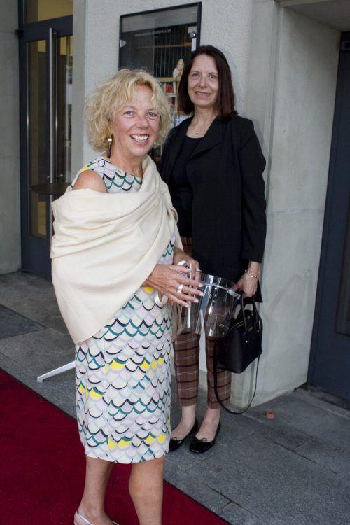 Premierengäste Isolde Weiss (l.) und Andrea Natter.