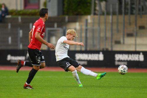 SW Bregenz-Kicker Gregor Rettig sorgte für den großen Aufreger im VFV-Cupspiel gegen Rotenberg. Der Mittelfeldmann zog aus 25 Metern ab und traf genau ins Kreuzeck. Lerch