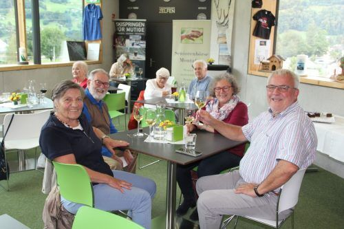 Technik gepaart mit guten Gesprächen und Livemusik gab es bei der vergangenen Seniorenbörse.STR
