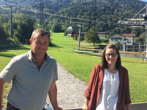 Thomas Lerch (Gargellner Bergbahnen) und Judith Grass (Golm Silvretta Lünersee Tourismus). reh