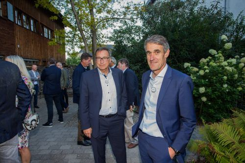 viw vkw-Vorstand Helmut Mennel (l.) und Alois M. Flatz.
