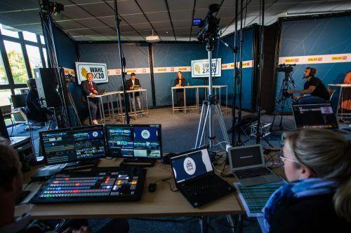 Stundenlange Live-Wahlberichterstattung direkt aus Schwarzach wurde gemeinsam auf die Beine gestellt.