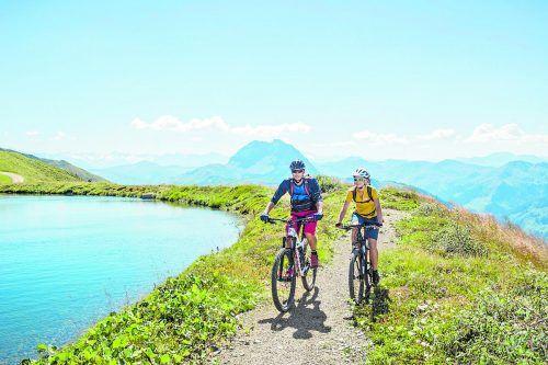 Von Kitzbühel aus kann man verschiedenste Touren mit dem Rad absolvieren.