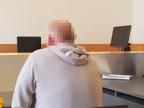 Wegen seiner Drogendelikte und der Nötigungen wurde der Mann zu 3360 Euro Geldstrafe verurteilt.  eckert