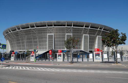 Wer jubelt in der Puskas-Arena von Budapest über den Supercup? Bayerns Torjäger Robert Lewandowski oder Sevillas Stürmer Jesus Navas? apa