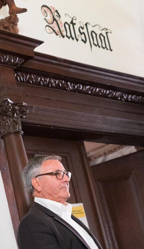 Wolfgang Matt darf im Bürgermeistersessel sitzen bleiben. Wenig Freude kommt bei ihm jedoch angesichts der niedrigen Wahlbeteiligung auf.