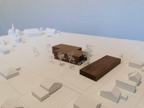 Zwei unterirdisch verbundene Gebäude – die neue VS Altenstadt soll funktionalen und ästhetischen Anforderungen genügen.Stadt