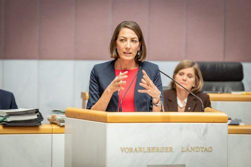 """""""Bund der Frage der Höheren Schulen säumig"""", kritisiert Veronika Marte (VP). VN"""