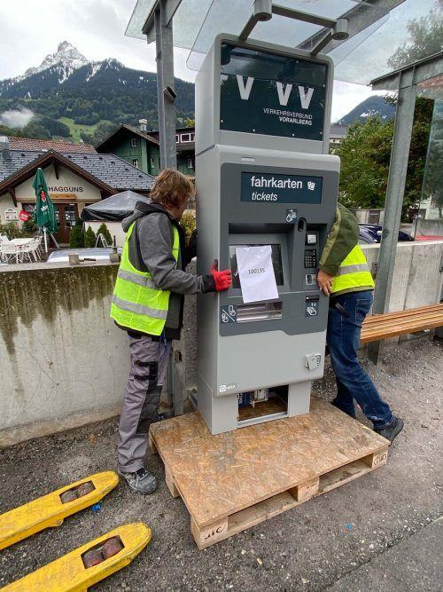 An allen Haltestellen der Montafonerbahn wurden kürzlich die neuen Fahrscheinautomaten des Vorarlberger Verkehrsverbundes aufgestellt.VVV