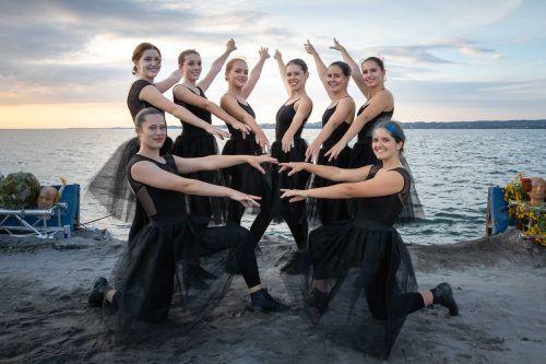 Auch Tänzerinnen gehörten zu dem engagierten Team Kunst- und Kulturschaffender auf dem Bodensee.Lucas Tiefenthaler