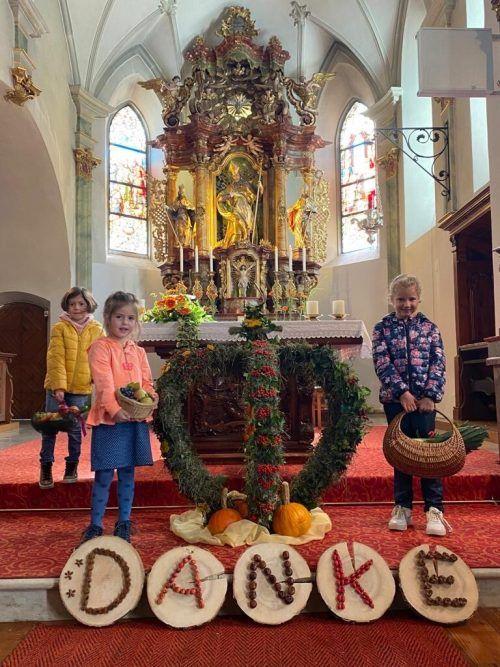 Beim Erntedankgottesdienst in der Brazer Pfarrkirche dankten Jung und Alt für den ertragreichen Sommer.dob