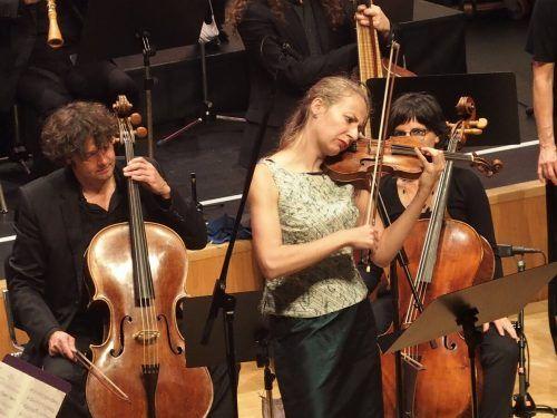 Das Concerto Stella Matutina mit der Solistin Cecilia Bernardini. ju