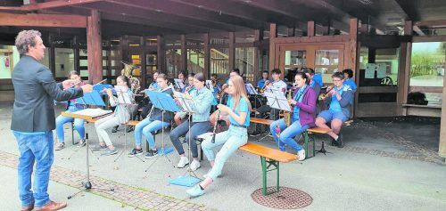 Das erste Jugendmusiklager des MV Nofels musste zwar abgesagt werden, dennoch wurde fleißig geprobt und auch ein kleiner Ausflug durchgeführt. Musikverein Nofels