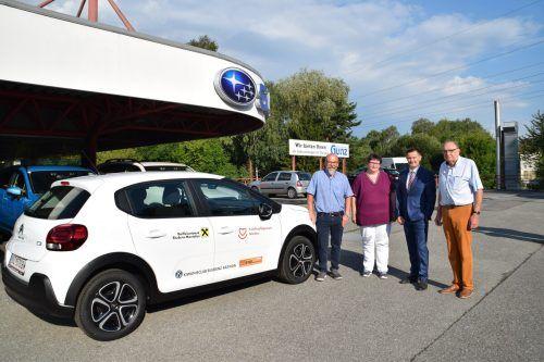 Das neue Dienstfahrzeug des Krankenpflegevereins Nüziders wurde von Sponsoren finanziert. KPV