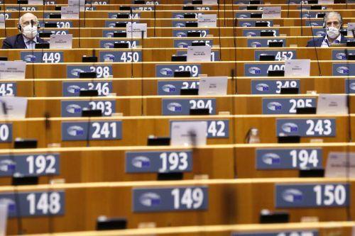 Das Parlament fordert mindestens 39 Milliarden mehr an Budgetmitteln.AFP