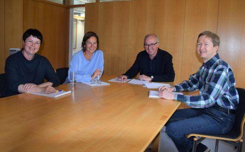 Das Team vom Bizauer Gemeindeamt: Sabine Bischofberger, Michaela Hämmerle, Bgm. Norbert Greussing und Stefan Greußing.