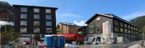 Das vor Fertigstellung stehende Hotel Biberkopf bietet Warth die Chance, dem Dorfplatz eine neue Qualität zu geben und das Ortszentrum zu beleben. stp