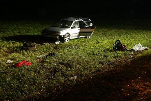 Der 30-jährige Fahrer sei mit seinem Wagen von der Straße abgekommen, hieß es. apa