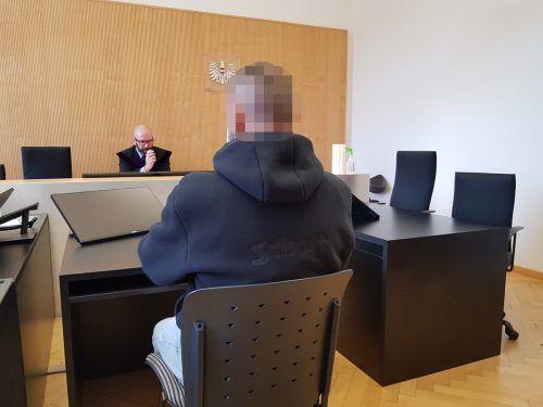 Der Angeklagte zeigte sich äußerst empört über seine Verurteilung. ECKERT