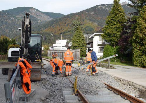 Der Bahnübergang in der Klarenbrunnstraße wird auf den neuesten Stand gebracht.
