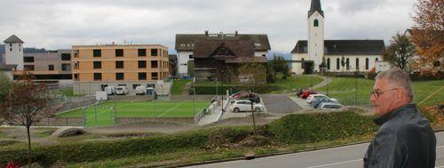 Der Bereich beim Abt-Pfanner-Haus wurde durch betreutes Wohnen und einen Spiel- und Sportplatz samt Pumptrack und Parkplatz ergänzt. STP/2