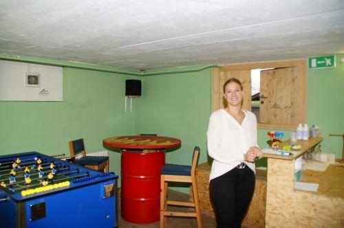 Der bestehende Treffpunkt der Jugendlichen (im Bild) konnte über den Sommer um einen Raum oder besser 35 Quadratmeter vergrößert werden.sg