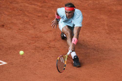 Der Spanier Rafael Nadal steht in Paris im Endspiel gegen Novak Djokovic vor seinem 100. Sieg bei den French Open.gepa