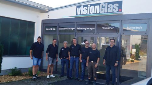 Der Vorarlberger Glasspezialist glasVision wagte trotz Corona den Schritt nach Deutschland und firmiert dort unter dem Namen visionGlas. FA