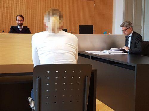 Die Angeklagte entging einer Verurteilung wegen Betrugs. EC
