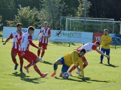 Die Rothosen mühten sich in Meiningen gegen die Gastgeber, die dann auch mit 3:1 gewannen.cth