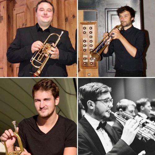 Die vier Trompetenkünstler spielen zum Schlussakt der Orgelkonzerte auf.morre