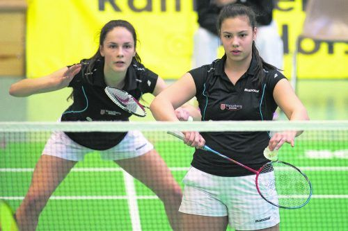 Doppel- und Mixedspezialistin Serena Au Yeong (r.) kehrt zu ihrem Stammverein BC Montfort Feldkirch zurück. Zusammen mit Sabrina Herbst (l.) wurde die Absolventin des Sportgymnasiums Dornbirn 2017 und 2018 Staatsmeisterin im Damendoppel. Steurer