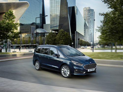 Eine Konstante im Ford-Modellprogramm ist der Galaxy, eine geräumige Familien- und Business-Großraumlimousine mit sieben Sitzen und Allradantrieb.