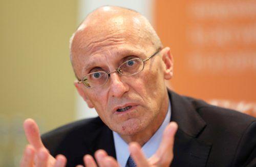EZB-Vorstand Andrea Enria drängt die Banken zur Kontrolle.Reuters